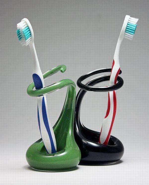 15 Modern Toothbrush Holders