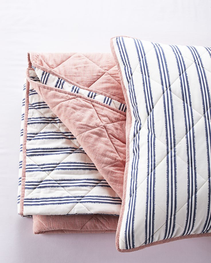 Railroad Stripe Quilt - French Blue/RedRailroad Stripe Quilt - French Blue/Red