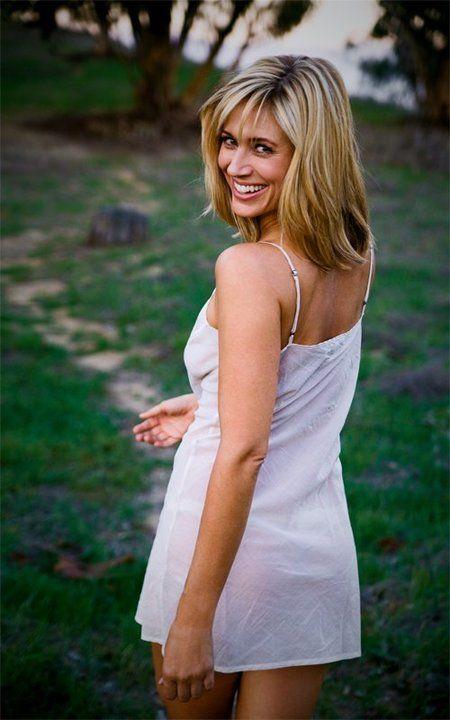 Kristen Miller Nude Photos 33