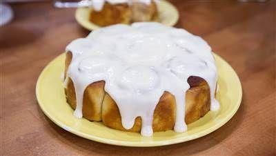 Banana bread cinnamon rolls are the sweetest breakfast mash-up - Siri Daly Today Show