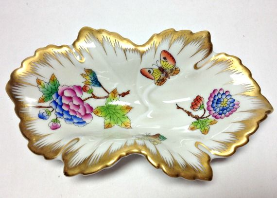 Beautiful Herend Hungarian Porcelain Nut Dish-Herend Porcelain, Hungarian Porcelain, Herend Nut Dish, Herend Leaf Dish, Vintage Herend, Antique Herend, Herend of Hungary, Antique Hungarian China, Herend China, Herend Queen Victoria