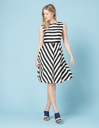 Boden Swishy Mara Dress Black/Ivory Stripe Women Thoroughly modern prints bring this simply cut dress to life: choose from bold, angular stripes or colourful confetti prints. Made from silky cotton sateen, this dress features an elegant round neckli http://www.MightGet.com/january-2017-13/boden-swishy-mara-dress-black-ivory-stripe-women.asp
