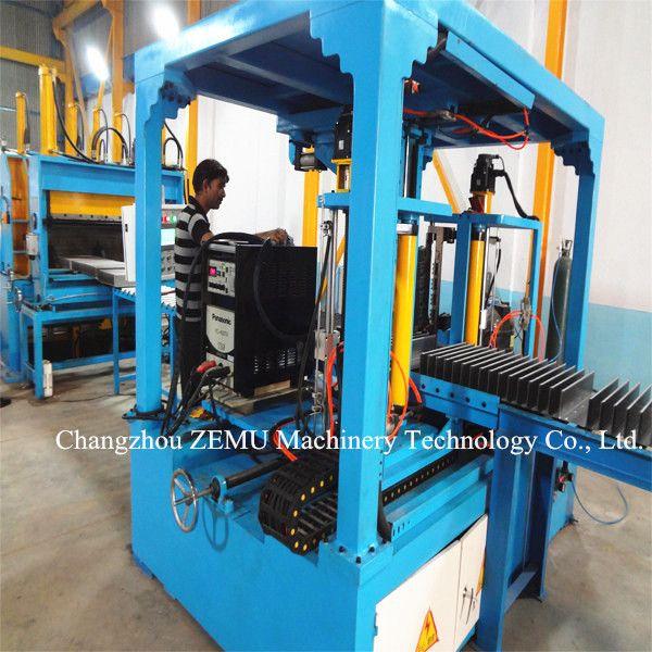 Automatic corrugated fin welding machine