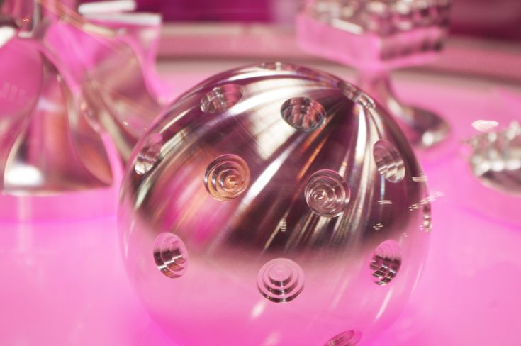 """Sphere"" 5 axis machining capability and single set up with our jig technology. Lead Time : 3days- . #pink ""球体"" 同時五軸加工と弊社独自の治具により加工。リードタイム3日"