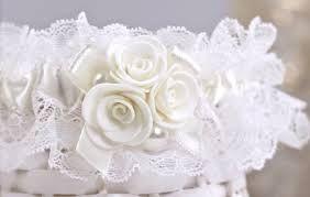 Картинки по запросу как сшить подвязку на свадьбу