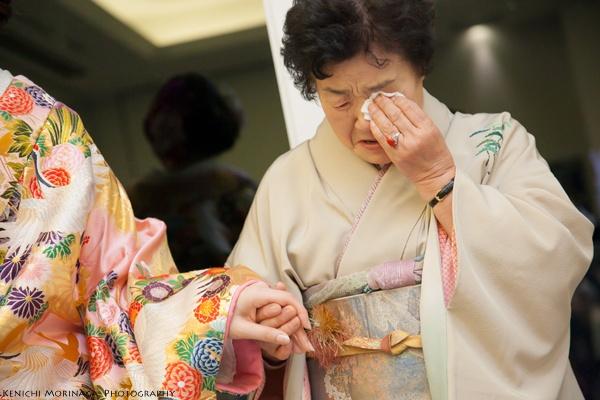 おじいちゃんはうれしくて笑い、おばあちゃんはうれしくて泣く - ○○しゃしんのじかん    http://blog.goo.ne.jp/moriken_photo/