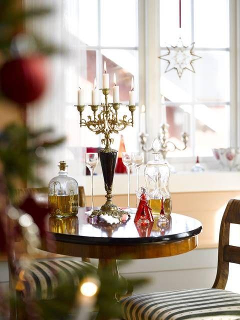 Et magisk julehjem med hjemmelavet pynt: badeværelset var ...