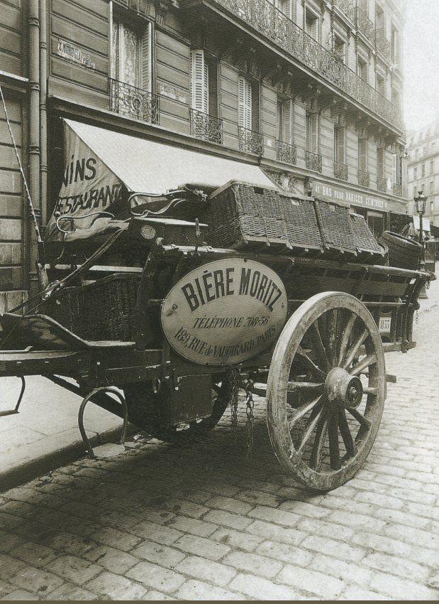 La Voiture dans le Paris d'antan par Eugène Atget - Une voiture de brasseur, en 1910.