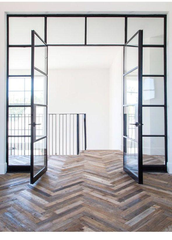 Stalen deuren zijn een prachtige eye-catcher in huis