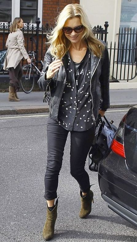 5 stars to Kate Moss for her ensemble of Equipment's Slim Signature Star Print Blouse & Siwy Denim's Hannah Jeans in It's Magic.