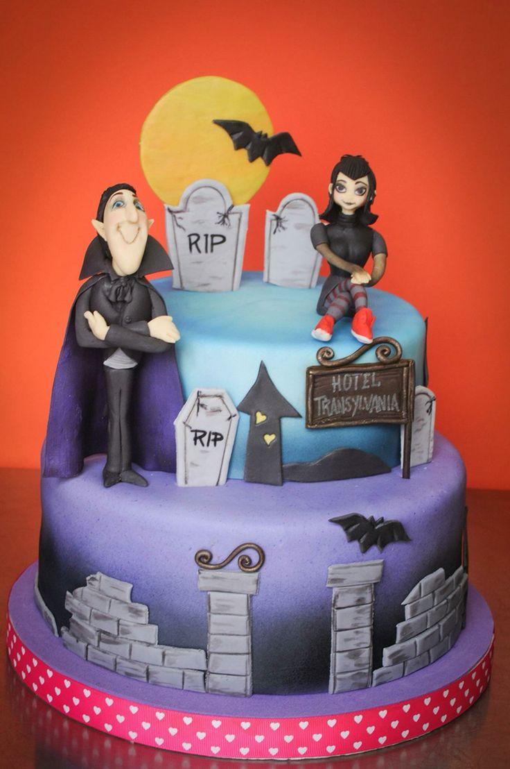 25 best ideas about hotel transylvania cake on pinterest for Hotel transylvania 2 decorations