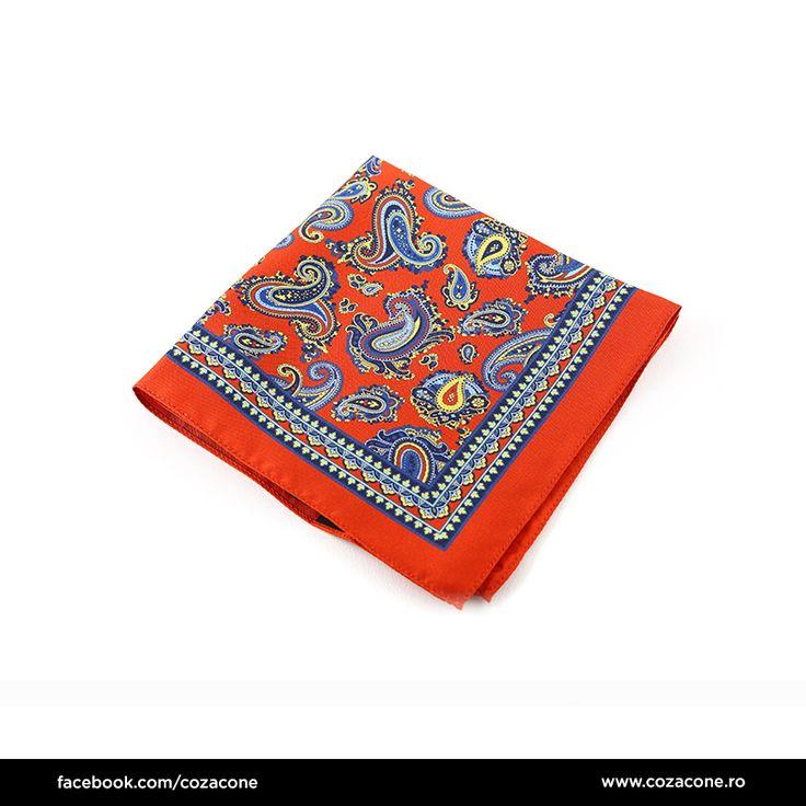 Motivele în stil paisley scot în evidență eleganța unui costum de primăvară: http://www.cozacone.ro/produse/detalii/batista-paisley-multi/