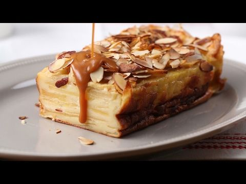 """""""Invisible Cake"""" Tasty Japan  Apples baked in an egg and milk custard, topped with almonds and caramel sauce"""