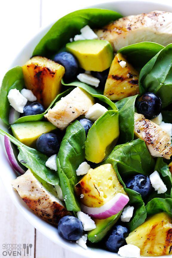 Salade Poulet, avocat et ananas grillé