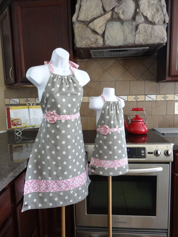 Mother Daughter matching Aprons  Great for by SelectStyleBoutique, $67.99