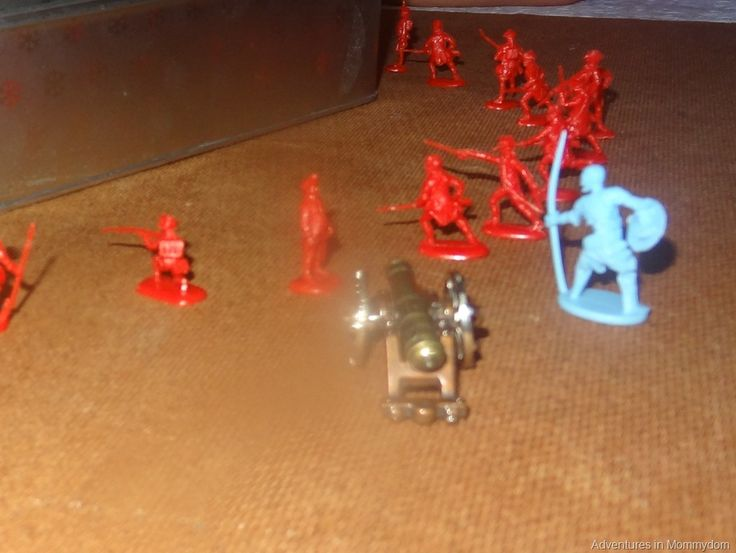 act out your lessons with toys: Civil War