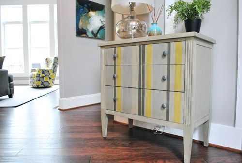 dresserHouse Crash, Yellow Stripes, Painting Furniture, Stripes Dressers, Old Dressers, Bedrooms Furniture, Painting Dressers, Chest Of Drawers, Bedrooms Side