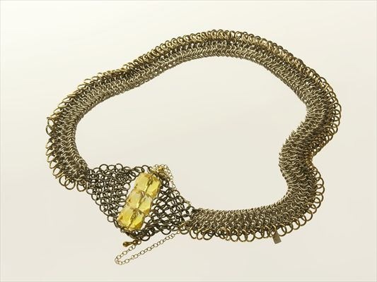 Citrine and silver collar