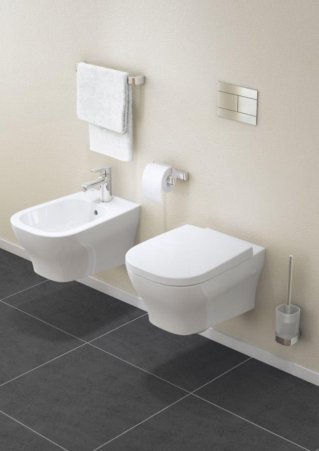 SOFTMOOD Wandbidet und Wand-WC, Papierrollenhalter, Handtuchhalter 60 cm und Bürstengarnitur.