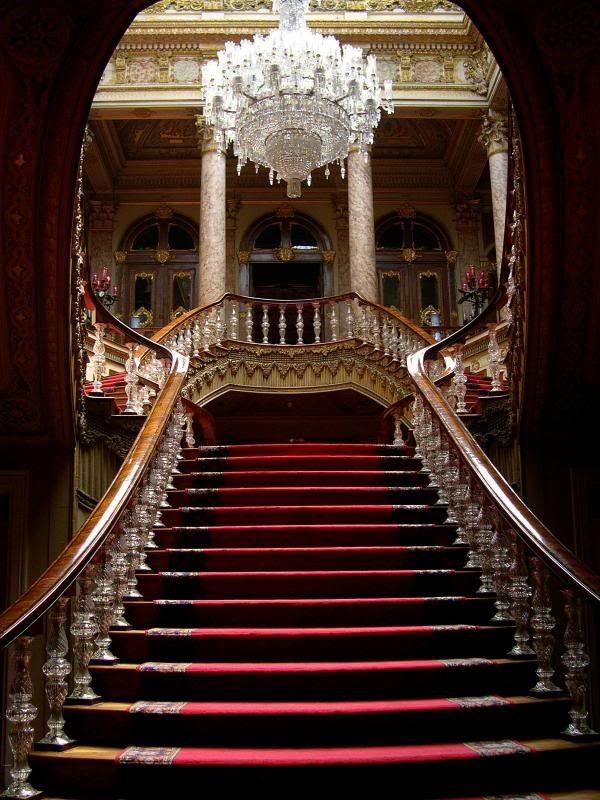Best 25 Grand Staircase Ideas On Pinterest Luxury