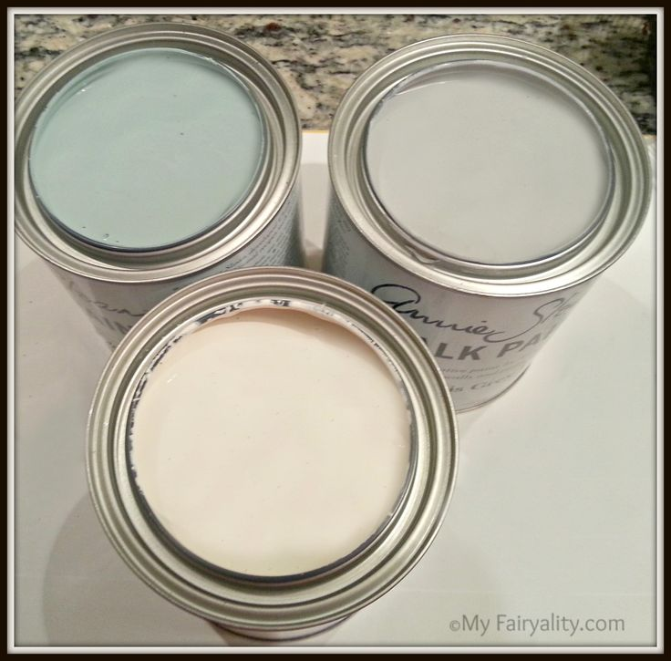 Annie Sloan Chalk Paint. Colors left to right : Duck Egg, Paris Grey, Old White