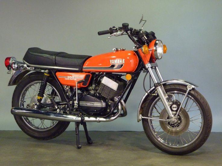 moto vintage espace motos vintage murit collection ch tillon yamaha 350 moto de nos ann es. Black Bedroom Furniture Sets. Home Design Ideas
