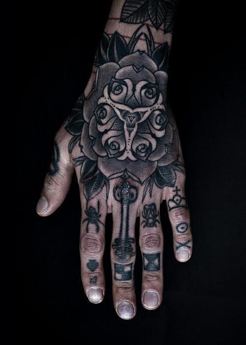 Flower tattoo on the hand. #tattoo #tattoos #ink