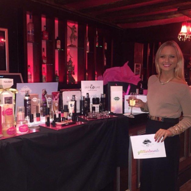 Gorgeous Fake Bake Beauty Consultant @char_nicholls94 had a great night at our event this week.  Would like to join the Glitterati? Email us on info@fakebakebeauty.co.uk to find out more.