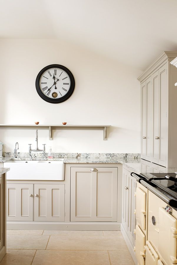 The lovely Dijon Tumbled Limestone in a beautiful deVOL kitchen