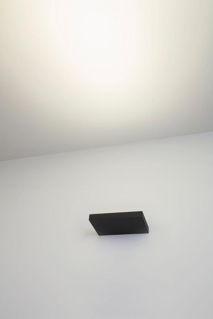 Onn-Wall 300 by Kreon | Wall-mounted spotlights