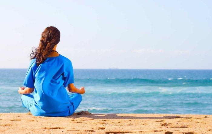 O mar é saudável de qualquer ponto de vista. Quando o ser humano tem a oportunidade de apreciar extensões infinitas, ocorrem mudanças na sua percepção, no seu estado emocional, e essas mudanças se potencializam quando esse espaço infinito tem um...