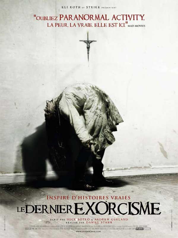 Le Dernier exorcisme est un film de Daniel Stamm avec Ashley Bell, Patrick Fabian. Synopsis : Quand il arrive dans une ferme, le révérend Cotton Marcus s'attend à réaliser un simple exorcisme sur un fanatique religieux troublé. Cependant, il es