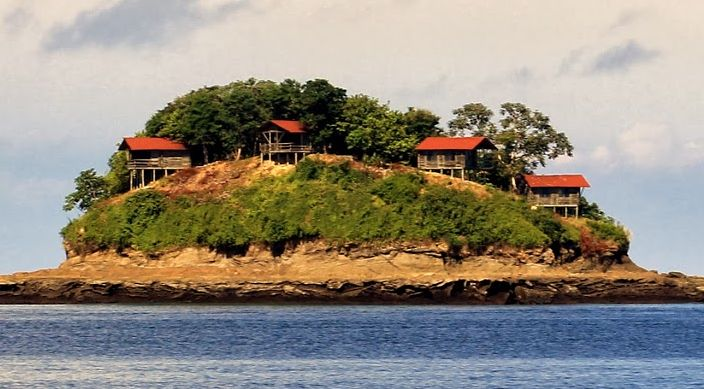 The Pearl Islands of Panama are an archipelago that covers nearly 250 small Islands. The Pearl Islands offer magnificent beaches and luxurious resorts.