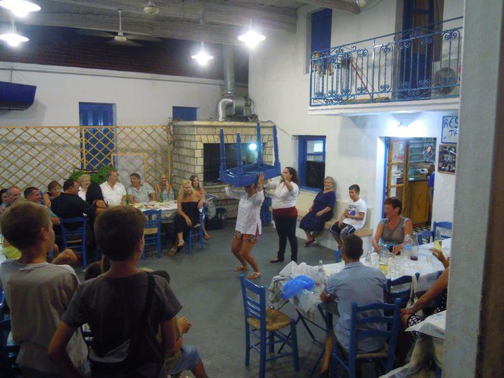 Table dancing, Spartochori