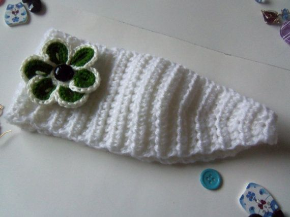 Crochet Ear Warmer or Headband. White Crochet Ear Warmer.