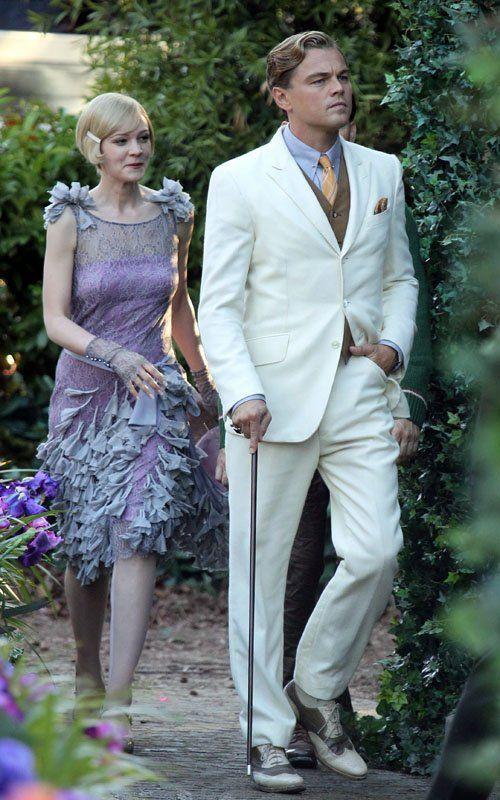 Carey Mulligan & Leonardo DiCaprio star in 'The Great Gatsby' remake.