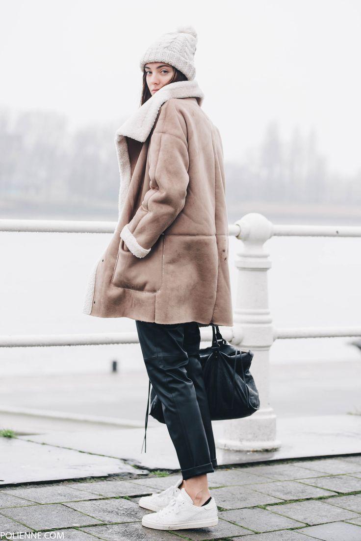 Pom Pom beanie, sherpa jacket, black base, white sneakers