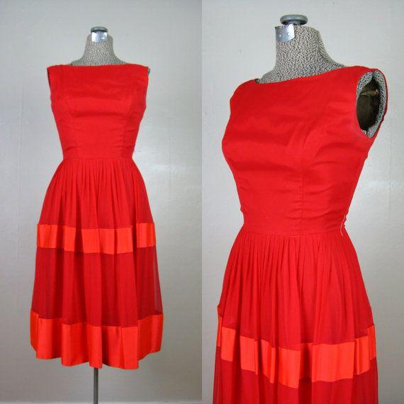 Vintage des années 1950 robe rouge par TravelingCarousel