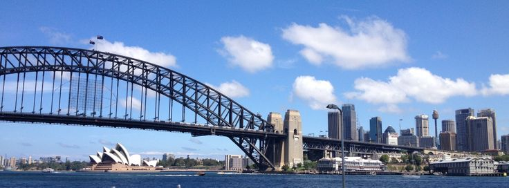 Sydney (view from McMahon's Point, North Sydney)