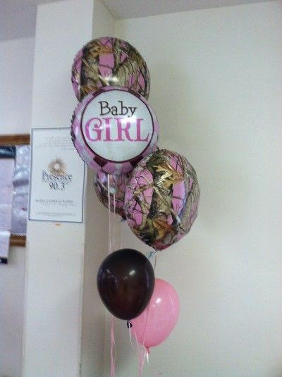 Pink Camo Baby Shower - balloons...............a camo party? nautical party? owls?
