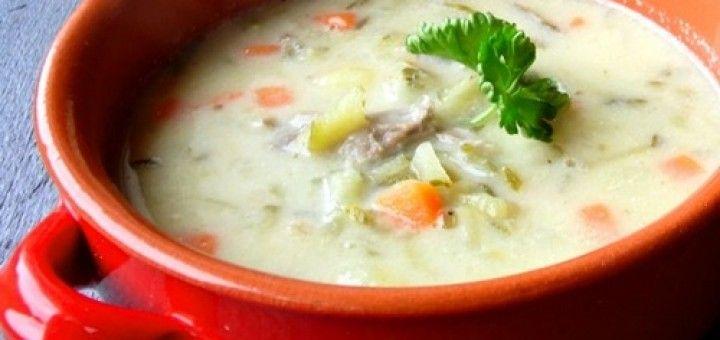 Zupa ogórkowa, z ziemniakami i ryżem