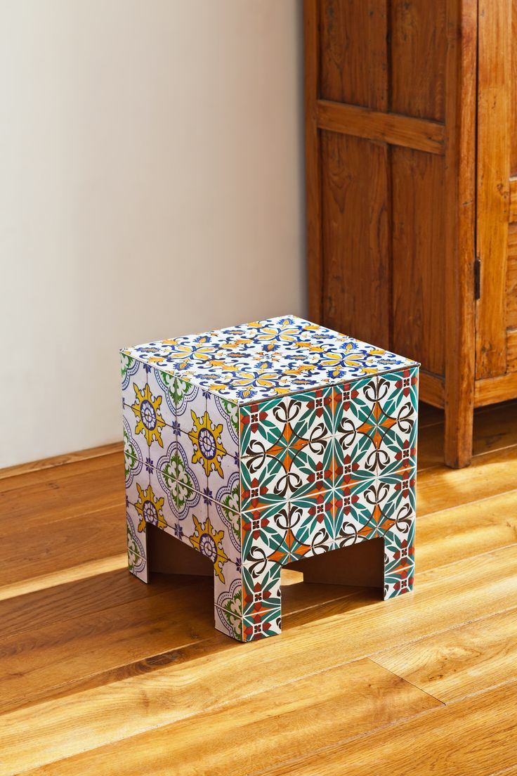 Dutch Design Chair cardboard furniture karton dutch design chair Dutch Design Chair Tiles