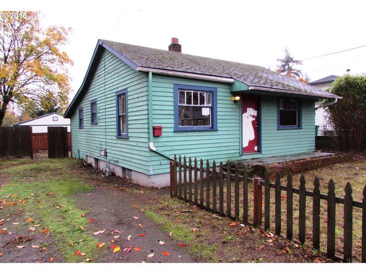 7416 Se Duke St, Portland, OR 97206. $149,900, Listing ...