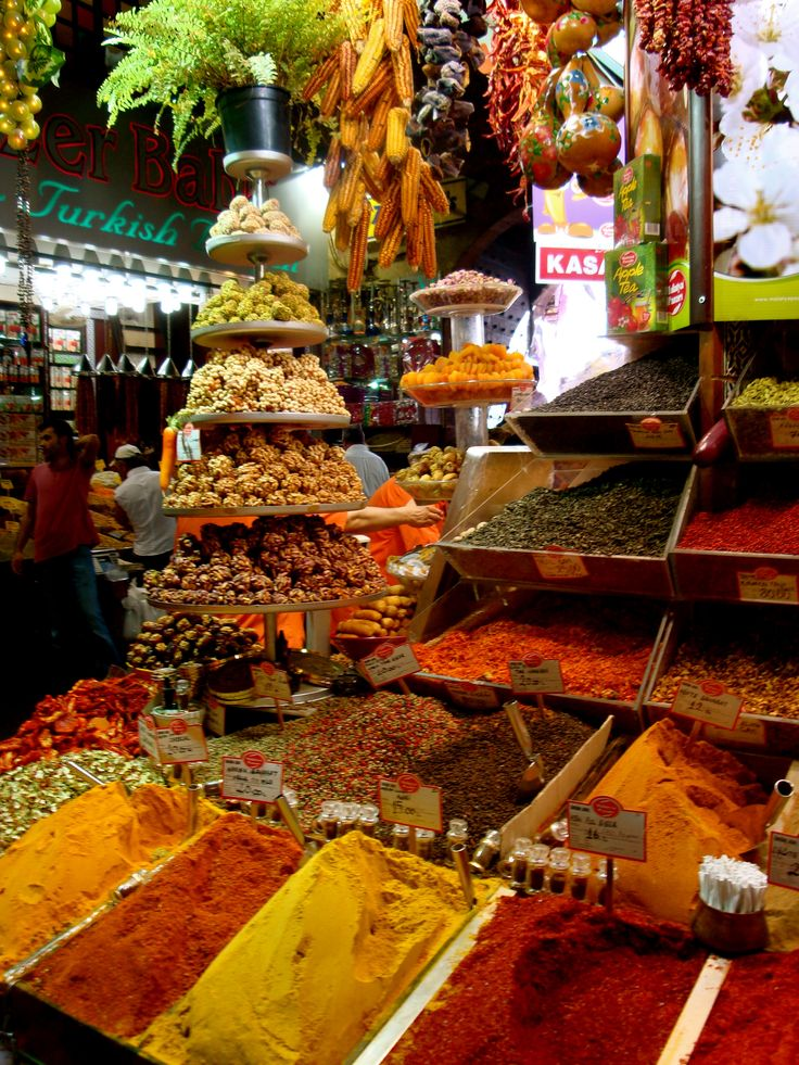 Spice market in Turkey lugar maravilloso para comprar toda clase de especias..