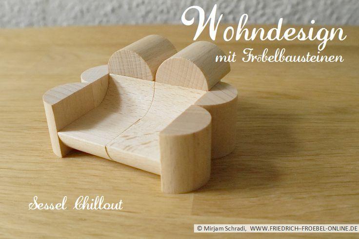 """Sessel """"Chillout"""" aus Fröbelbausteinen - Bauklötze der Fröbel-Spielgabe 5B nach Goldammer  Mehr über Fröbel und die Spielgaben:  http://www.friedrich-froebel-online.de/   Diese Bausteine kaufen: http://www.friedrich-froebel-online.de/shop/spielgaben/spielgabe-5b-holzbausteine/#cc-m-product-10078222812"""