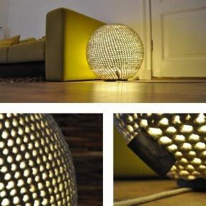 Bollamp, vloerlamp mooi voor de woonkamer, kan ook gebruikt worden als poef.  www.Blikwaren.nl