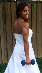 This total body workout burns fat and helps tone muscle so you look great in  your wedding dress.  This wedding workout will reduce your waistline and tone your thighs and arms.