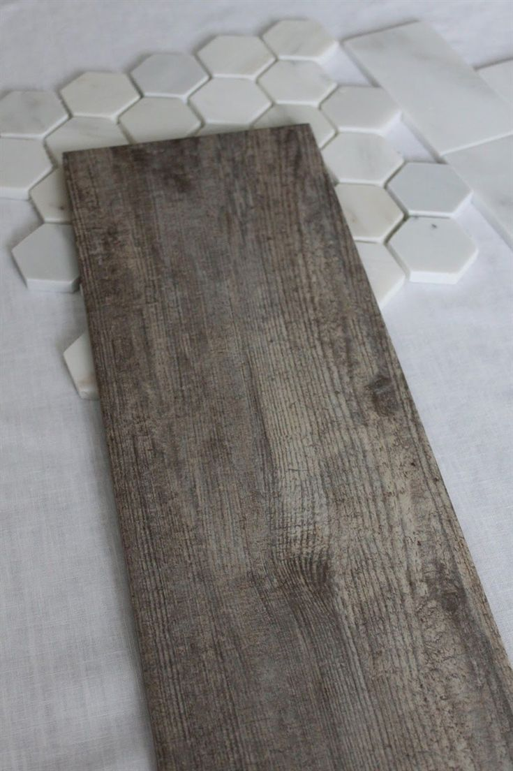 Holzmaserung Keramikfliesen für den Boden. Beste aus beiden Welten! Der herrliche Hartholz-Look ohne viel Aufhebens,
