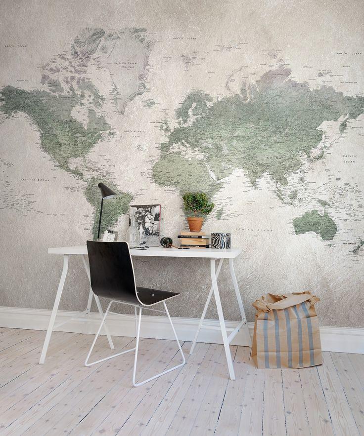 Wereldkaart als behang REBEL WALLS. www.rebelwalls.nl | wallpaper | muurdecoratie | wandbekleding | interieur | interior | styling | design | inspiratie | wonen | woonkamer | werkplek | werkkamer | studeerkamer