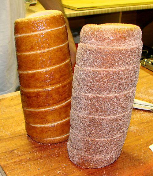 Chimney Cakes - Kürtős kalács - a worldwide known Transylvanian pastry http://en.wikipedia.org/wiki/K%C3%BCrt%C5%91skal%C3%A1cs